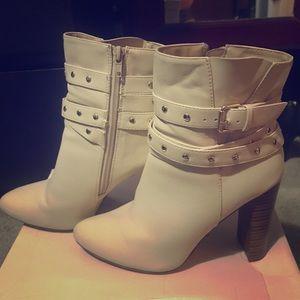 Shoes - Just Fab bootie heels